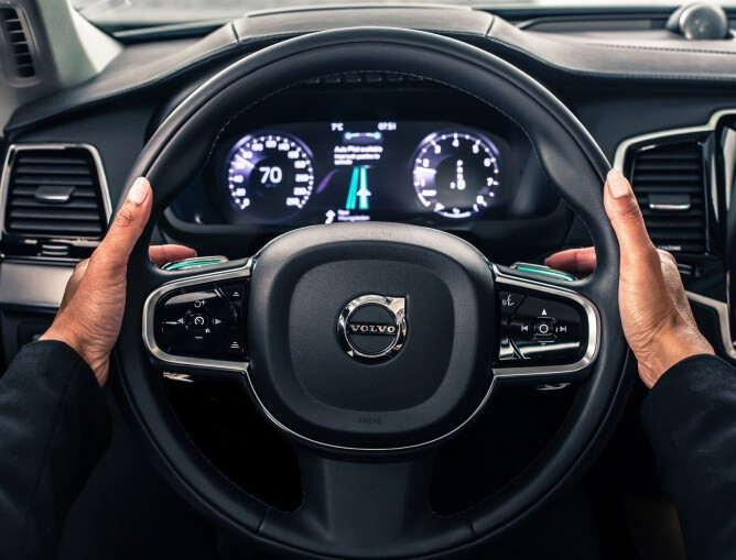 volvo-intellisafe-auto-pilot-interface-04-668x509