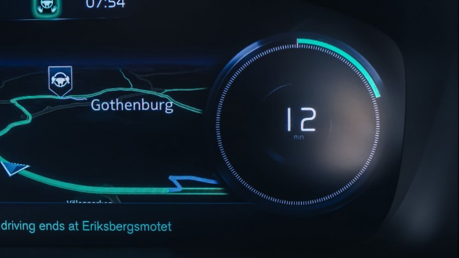 volvo-intellisafe-auto-pilot-interface-05-668x376