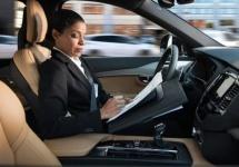 Volvo prezintă sistemul său dedicat pentru automobile autonome, cu o interfaţă specială pentru pilot automat
