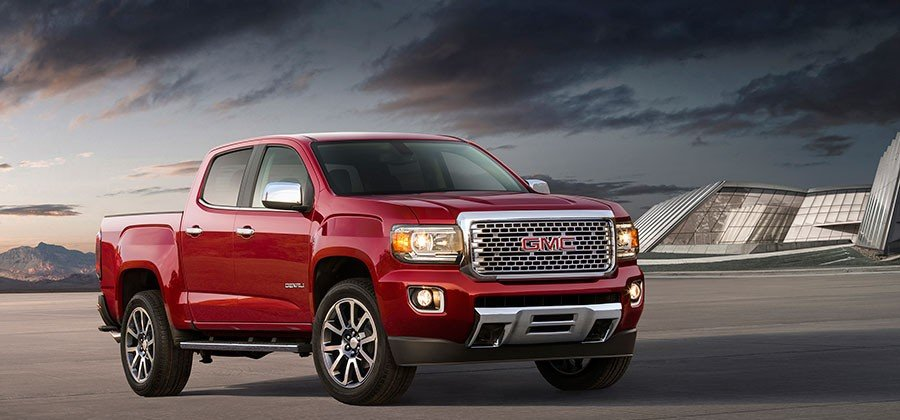 2017-GMC-Canyon-Denali_1-900x420