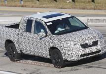 Honda Ridgeline 2017 se dezvăluie în fotografii spion, cu un look de camionetă americană