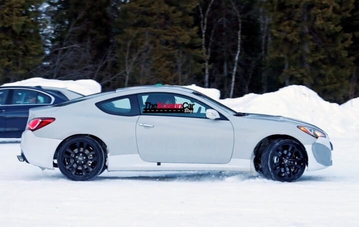 2017-hyundai-genesis-test-mule-spied-in-sweden-6