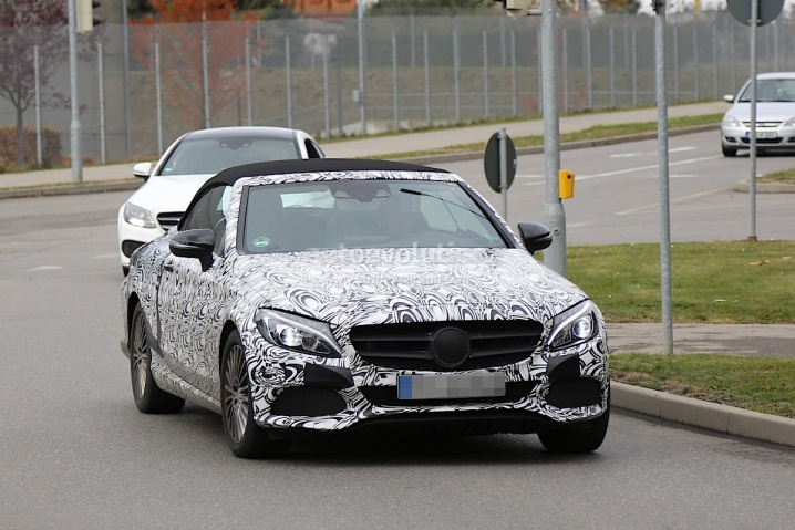2017-mercedes-benz-c-class-cabriolet-a205-leaves-roof-camouflage-at-home-photo-gallery_2