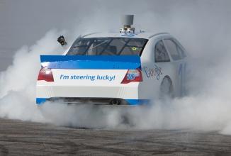Cursele din Formula E vor primi o serie de întreceri cu automobile autonome, sub numele de Roborace