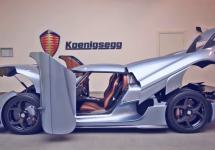 Koenigsegg Regera îşi închide capota, portierele, alte panouri ca un robot Transformer în faţa camerei