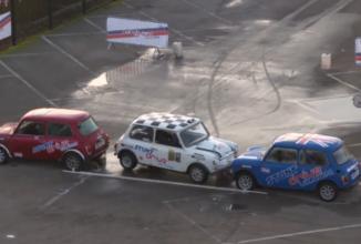Parcarea perfectă: Alastair Moffatt parchează paralel din viteză în doar 6 secunde! (Video)