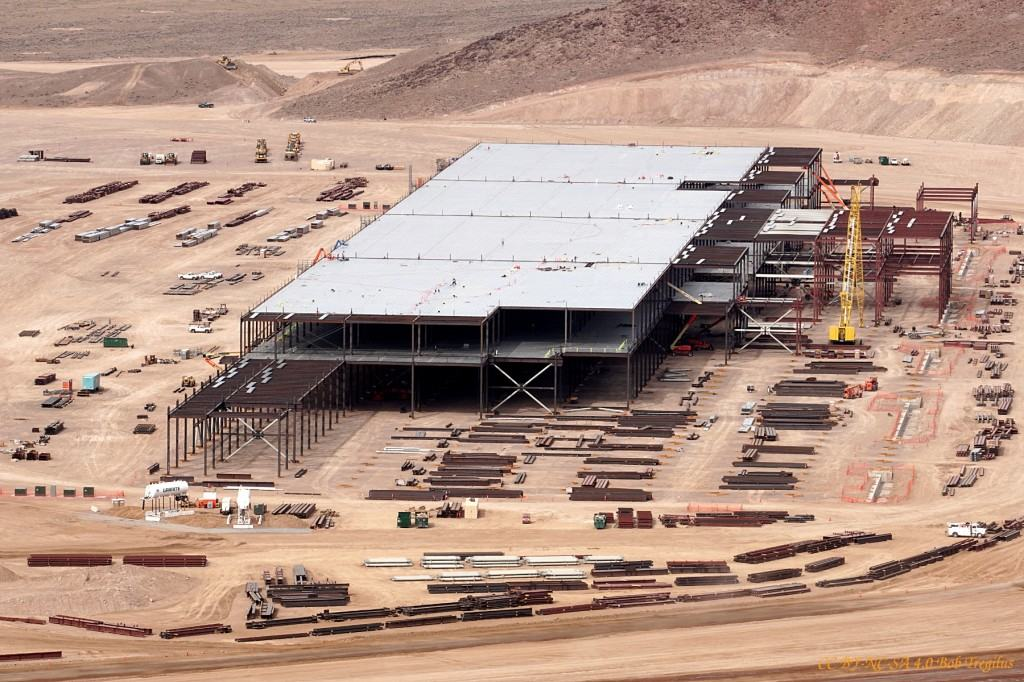 tesla-battery-gigafactory-site-reno-nevada-feb-25-2015-photo-cc-by-nc-sa-4-0-bob-tregilus_100502191_l