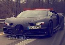 Bugatti Chiron apare pe şosea într-o nouă imagine, înainte de premiera la Geneva Motor Show 2016