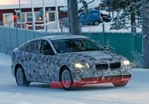 BMW Seria 5 GT este fotografiat sub camuflaj pe străzile înzăpezite din Suedia