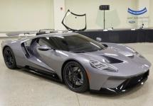 După smartphone-uri şi automobilele vor folosi tehnologie Gorilla Glass, începând cu Ford GT
