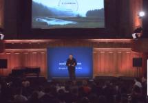 Elon Musk vorbeşte din nou despre nevoia de a trece peste dependenţa de combustibilii fosili la  Sorbona (Video)