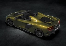 McLaren 675 LT Spider este dezvăluit oficial; cabriolet cu motor V8 de 3.8 litri ce va fi produs în doar 500 exemplare