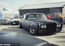 Iată un Rolls-Royce Silver Shadow pregătit de drifting; vine cu motor V8 de 6.7 litri