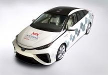 Toyota prezintă un concept bazat pe Mirai ce oferă acces la internet de oriunde, grație unei antene Kymeta