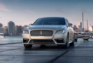 Detroit Motor Show: Lincoln Continental renaște sub forma unui sedan de lux cu preț de 50.000 dolari