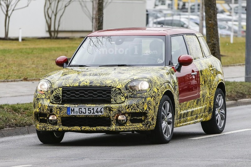 2017-mini-countryman-spy-photo (3)