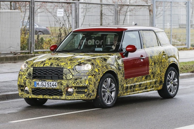 2017-mini-countryman-spy-photo