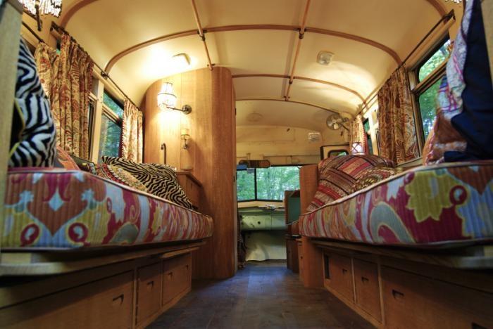 700_remodelista-winkelman-architecture-short-bus-08a-700x468