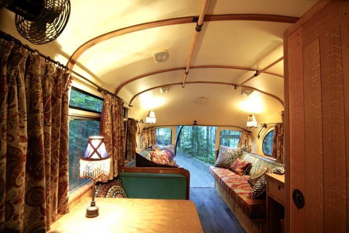700_remodelista-winkelman-architecture-short-bus-11-700x468