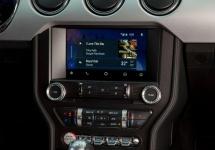 Ford confirmă implementarea lui Android Auto şi CarPlay pe automobilele sale