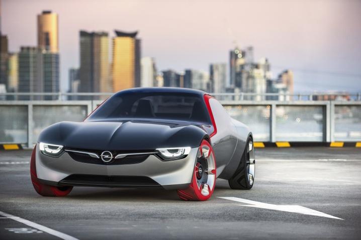 Imagini-Opel-GT-Concept-Volan.ro_001