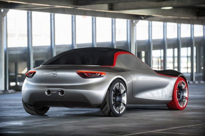 Imagini-Opel-GT-Concept-Volan.ro_002