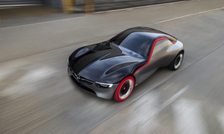 Imagini-Opel-GT-Concept-Volan.ro_003
