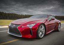 Lexus LC 500 devine din concept model de producţie, e un coupe de lux prezentat la showul auto de la Detroit