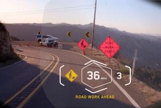 CES 2016: BMW lansează o serie de soluţii şi produse interconectate, pentru vehicule pe 2 şi 4 roţi