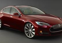Tesla Model S primește un nou update software ce aduce funcția de parcare autonomă