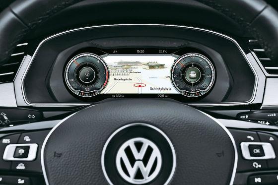 VW-Passat-Cockpit-560x373-b7107a7b9cfb4bf2