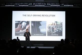 CES 2016: NVIDIA anunţă lansarea lui Drive PX2, computer auto inteligent pentru viitoarele maşini autonome