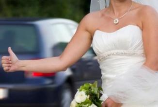 Un bărbat îşi uită soţia la benzinărie şi conduce apoi aproape 100 de km fără să observe; Oups!