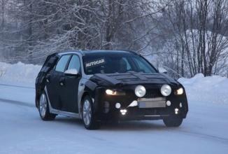 Fotografii spion cu 2016 Kia Optima Sportswagon ajung pe web; mașina este testată pe zăpadă