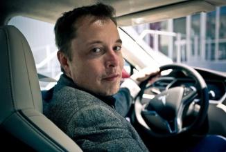 Automobilele Tesla ar putea să ruleze autonome pe tot teritoriul SUA în 2018, conform lui Elon Musk