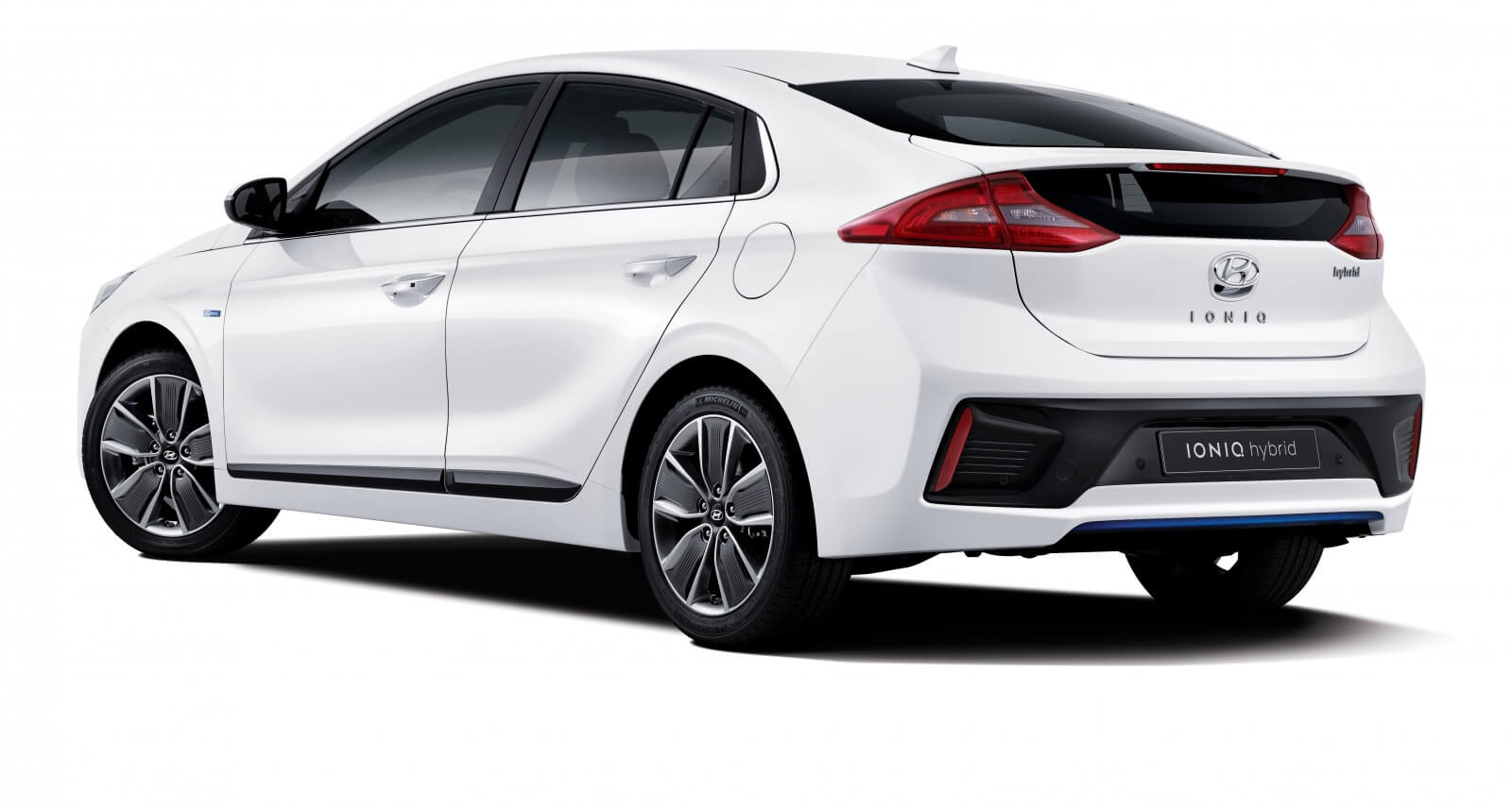 the-hyundai-ioniq-is-finally-here_2