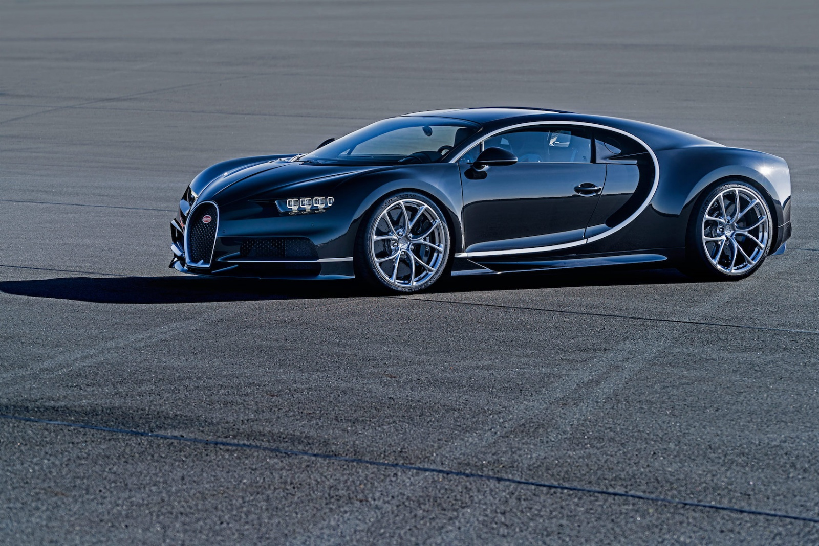 07_CHIRON_dynamic_side_WEB