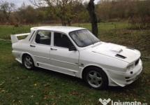"""""""Dacia 1300 unicat"""" la 5000 de euro: încă un anunţ trăznit pe web"""