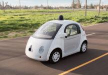 Mașina autonomă Google ar putea fi considerată drept șofer cu acte în regulă de către autoritățile americane