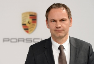 """CEO-ul Porsche nu vede automobilele autonome drept viitorul: """"Un iPhone trebuie să stea în buzunar, nu pe drum"""""""