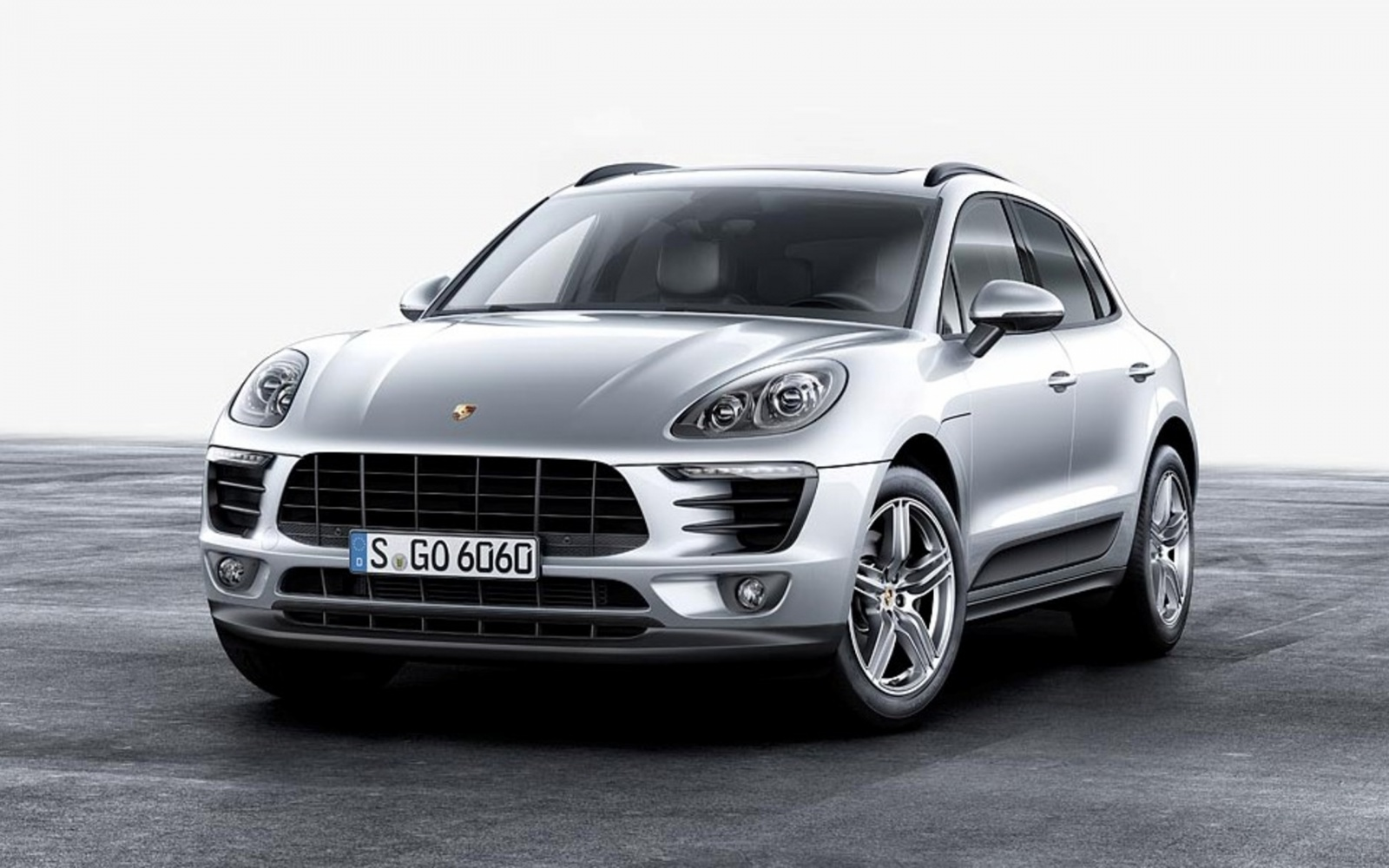 09_2017-Porsche-Macan-Four-Cylinder-Turbo