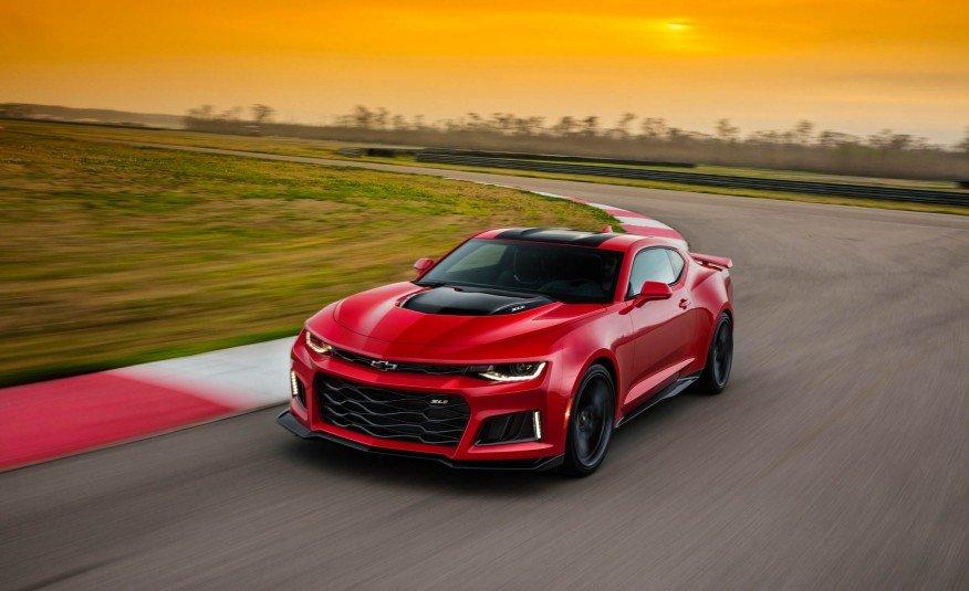 2017-Chevrolet-Camaro-ZL1-101-876x535