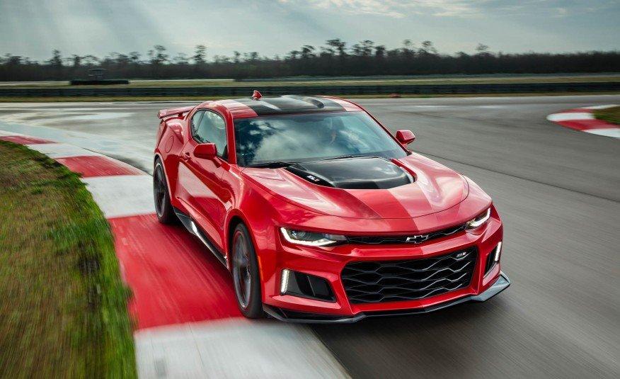 2017-Chevrolet-Camaro-ZL1-102-876x535