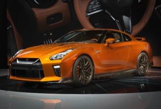 Nissan GT-R este actualizat în varianta 2017, rămâne o supermaşină impresionantă cu cai putere extra acum