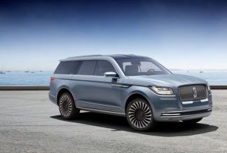 New York Auto Show: Lincoln prezintă un concept futurist pentru SUV-ul Navigator
