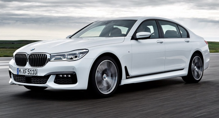 M2016-BMW-7-Series-01000