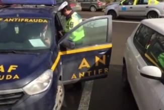 Lege, nu tocmeală: inspectorii ANAF iau amendă de la poliţie pentru că au parcat pe locurile persoanelor cu handicap