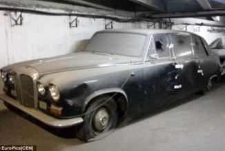 Maşina Ducelui de Edinburgh, un automobil Daimler clasic de mare valoare găsit sub Hotelul Intercontinental din Bucureşti