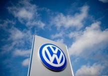 Volkswagen şi Porsche retrag 800.000 de automobile din cauza unor probleme cu pedalele; Modele Cayenne şi Touareg afectate