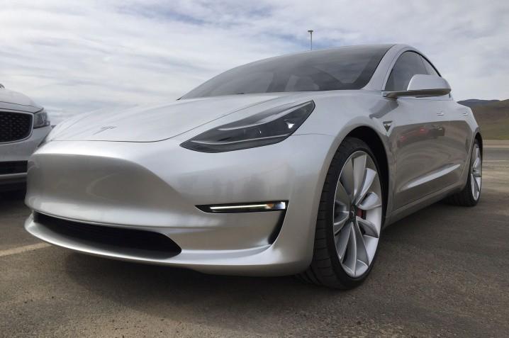 Tesla-Gigafactory-Model-3-front-three-quarter